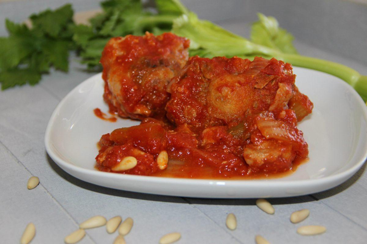 Coda alla vaccinara la ricetta del piatto simbolo della for Piatto della cucina povera