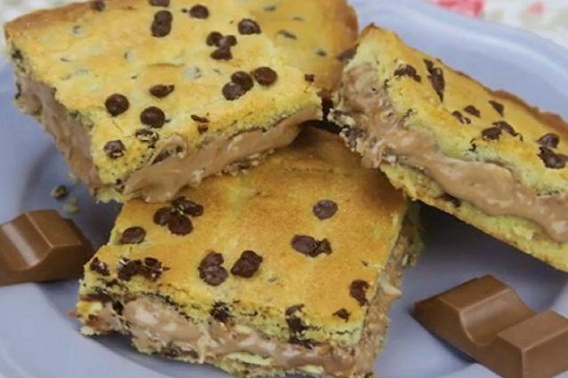 Crostata di barrette al cioccolato la ricetta del dolce for Cucina semplice ricette