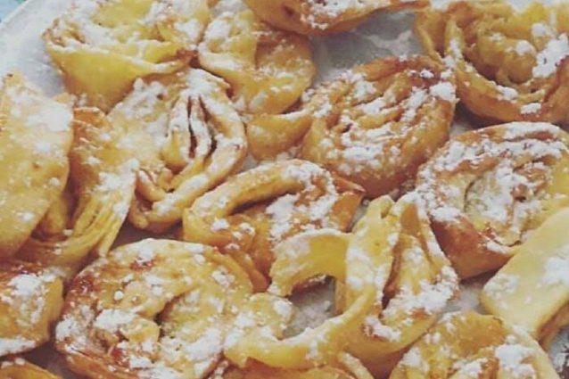Tagliatelle dolci di carnevale la ricetta del dolce fritto tipico dell 39 emilia romagna - Cucina fanpage ricette ...