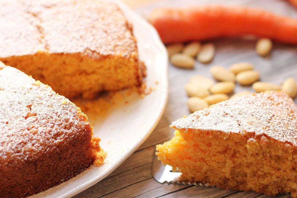 Dolci Da Credenza Alice Ricette : Torta alle mandorle: un dolce ideale per lautunno