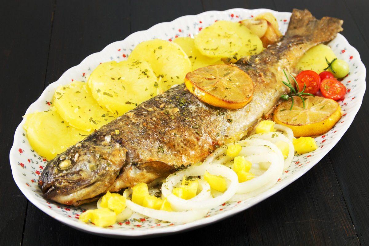 Trota Al Forno La Ricetta Del Secondo Piatto Di Pesce Leggero E