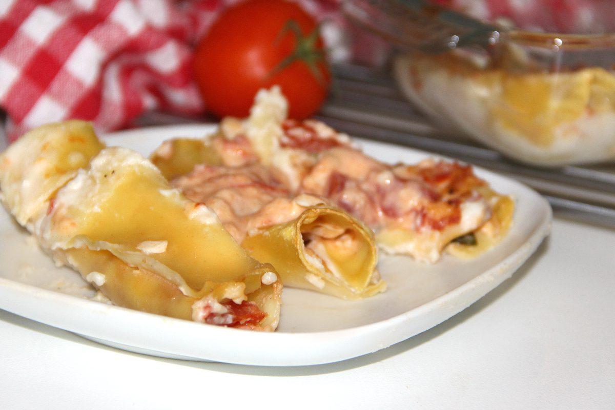 Farcisce i cannelloni in questo modo la ricetta per un primo piatto gustoso - Cucina fanpage secondi piatti ...