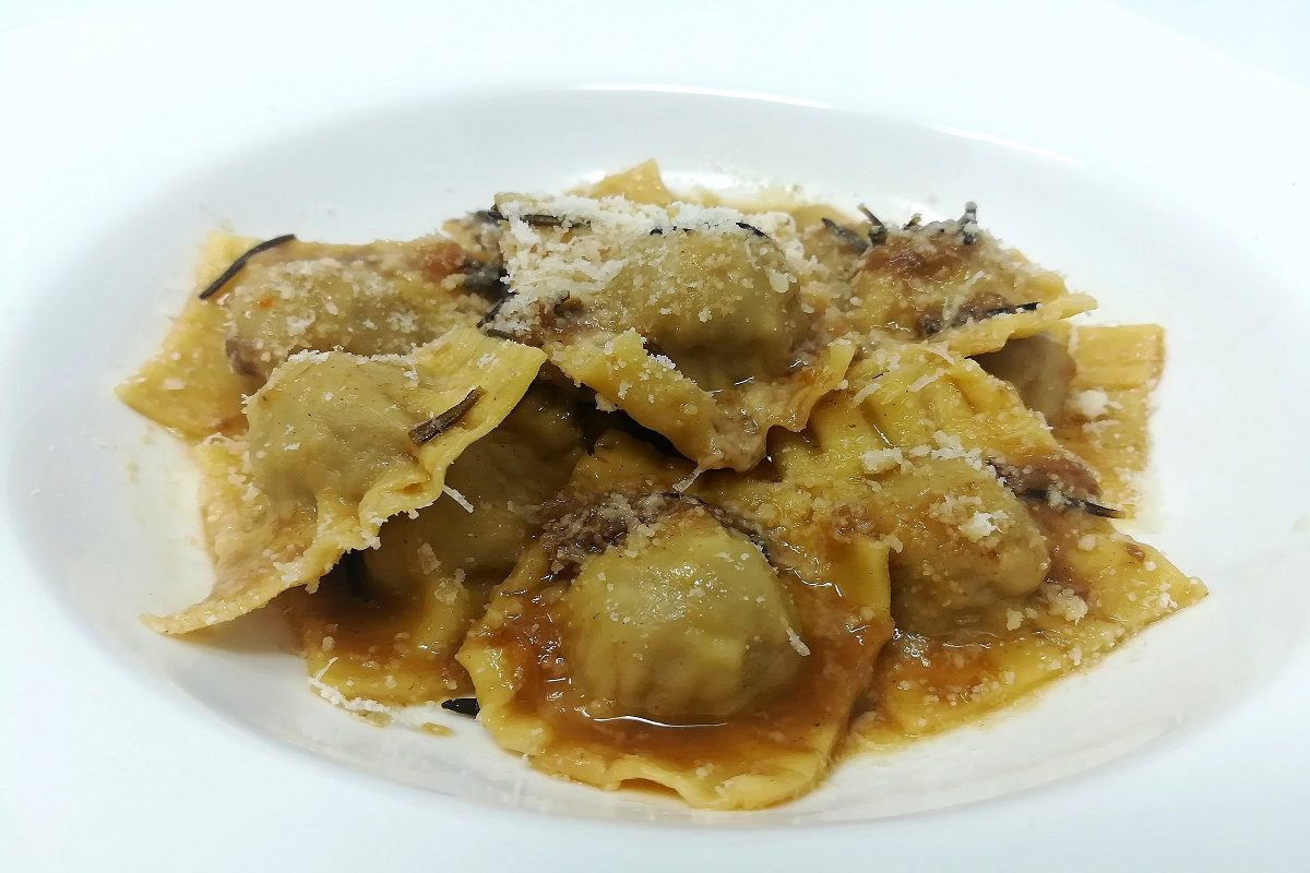 Agnolotti la ricetta originale della pasta ripiena piemontese for Ricette piemontesi