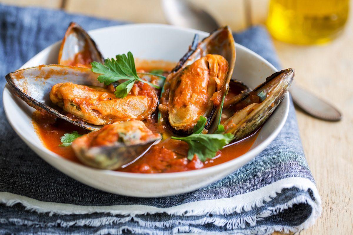 Zuppa Di Cozze La Ricetta Del Piatto Tipico Della Cucina Napoletana