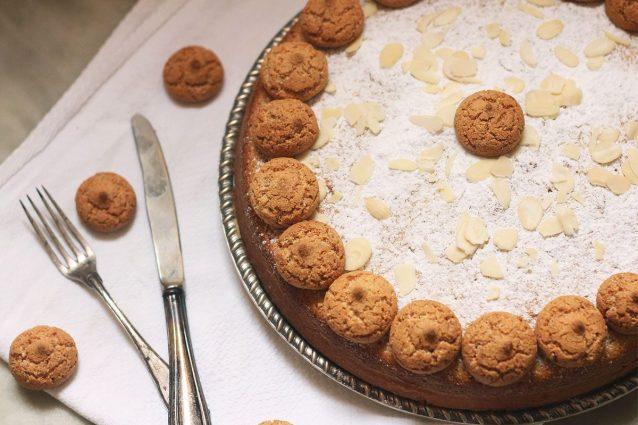 Torte Da Credenza Ricette : Torta agli amaretti: la ricetta della da credenza
