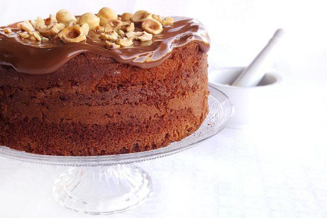 Groovy Nutella Chocolate Cake Cookist Com Funny Birthday Cards Online Benoljebrpdamsfinfo