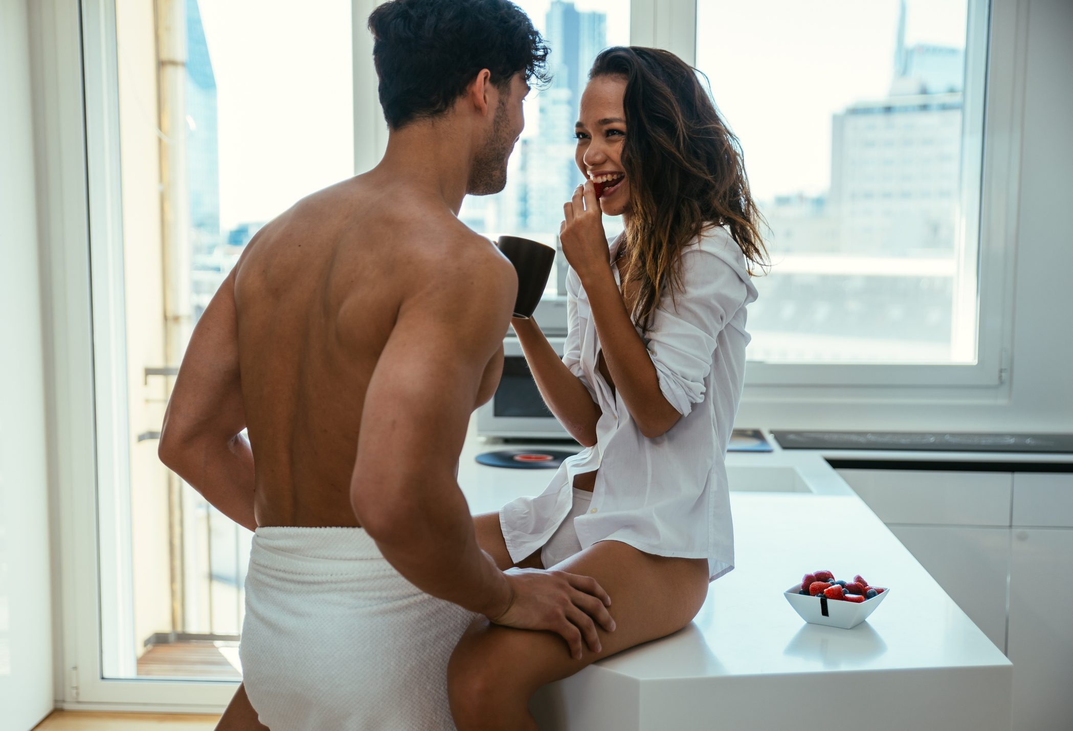 Send these flirty text messages to a girl and check the reaction