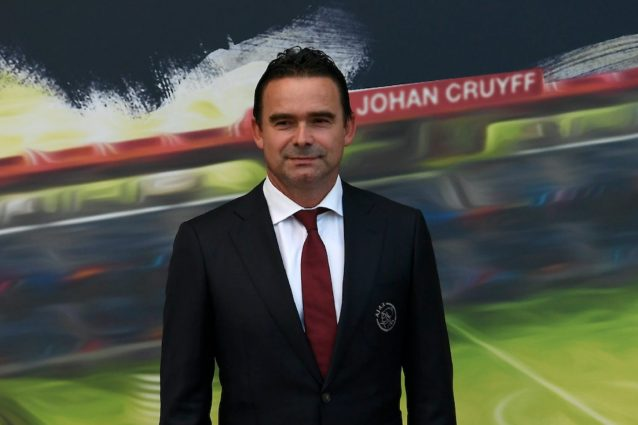 """Overmars dell'Ajax attacca: """"La Uefa è come Trump. Si devono fermare tutte le competizioni"""""""