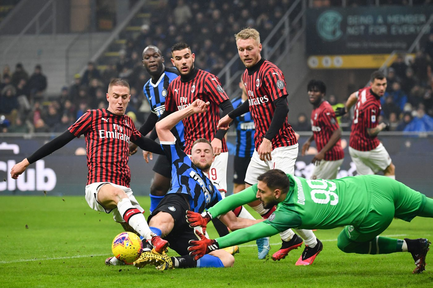 Probabili Formazioni Di Inter Milan Conte Pronto A