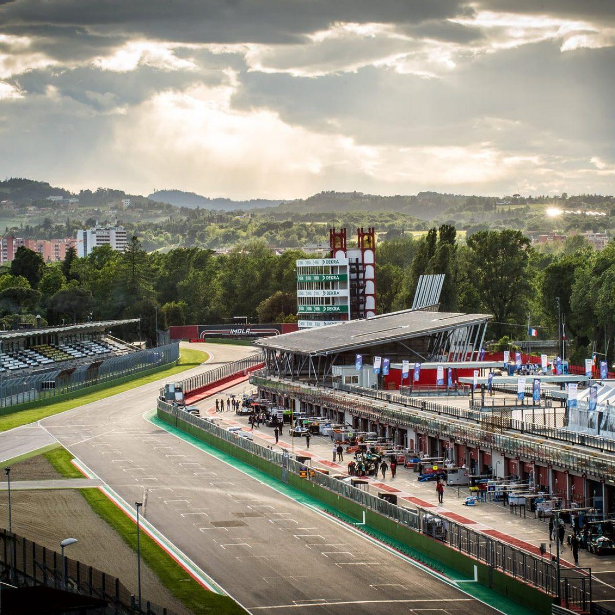 Calendario F1 2020, ispezione a Imola: l'Italia sogna il terzo GP dopo  Monza e Mugello