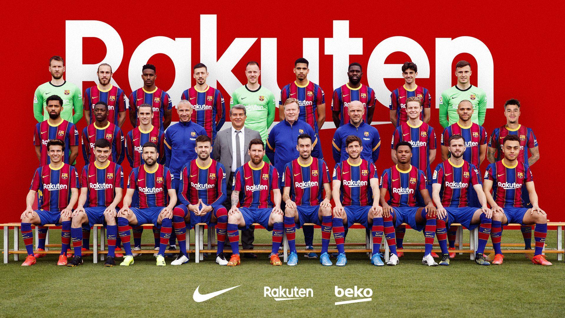 La foto di squadra del Barcellona fa discutere: i due dettagli che ...