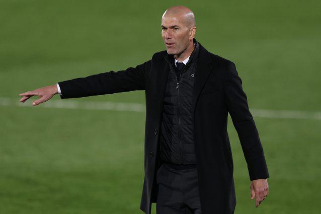 zidane 2 1622066592382 638x425 - Zidane ha deciso di lasciare il Real Madrid: il nome per la successione è quello di Allegri