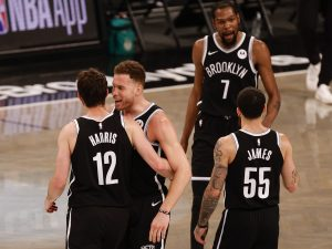 GettyImages 1322035794 1 300x225 - Playoff NBA: i Brooklyn Nets battono Milwaukee in Gara 1 delle semifinali di Conference, out Harden