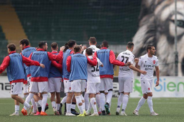 padova 1623259041469 638x425 - Playoff Serie C, Padova in finale: battuto l'Avellino 1-0