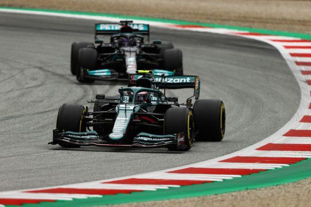 GettyImages 1326632783 638x425 - F1, GP Austria prove libere 2: Hamilton davanti a Bottas e Verstappen. Ferrari beffate dalla pioggia