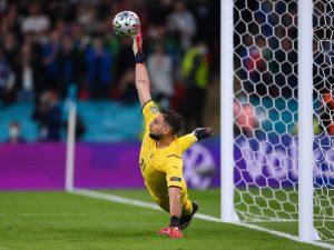 """GettyImages 1327358798 300x225 - """"Se è il migliore perché non va a Bayern, Barça o Real?"""": l'attacco di Cassano a Donnarumma"""