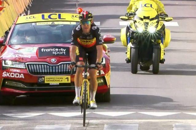 Schermata 2021 07 07 alle 17.34.27 638x425 - Van Aert domina e vince l'11a tappa del Tour de France: secondo Elissonde e terzo Mollema