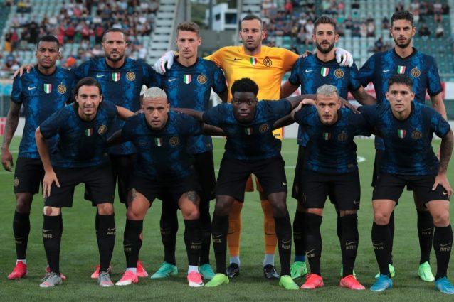maglia inter a squame 638x425 - Lo strano effetto che fa dal vivo la maglia a squame dell'Inter