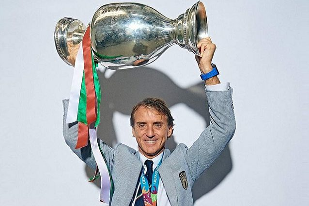 """mancini coppa - Roberto Mancini ricorda Euro 2020: """"Grandi professionisti senza dimenticarsi di essere umani"""""""