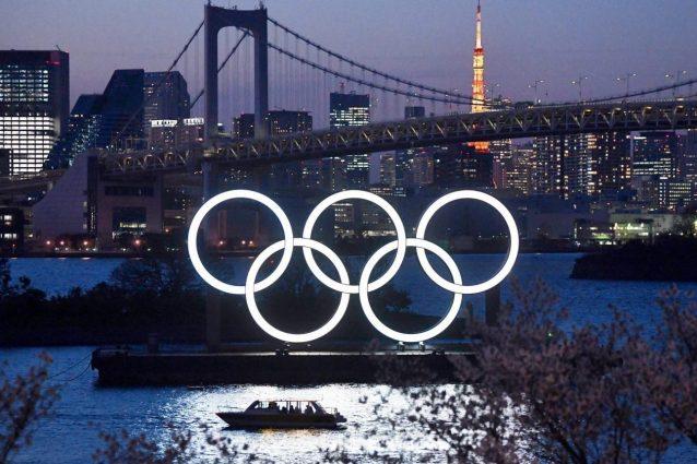 """tokyo 2021 cerchi covid 1626904659650 638x425 - Incubo Covid alle Olimpiadi, la Guinea rinuncia: """"Preserviamo la salute di nostri atleti"""""""