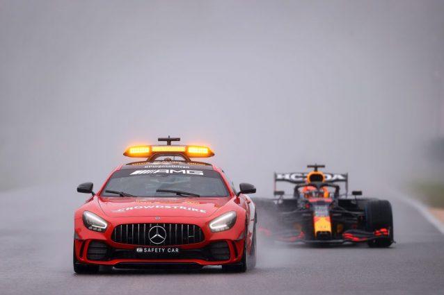 """GettyImages 1337088672 638x425 - La surreale protesta Red Bull dopo la gara farsa di Spa: """"Ci manca mezzo punto del giro più veloce"""""""