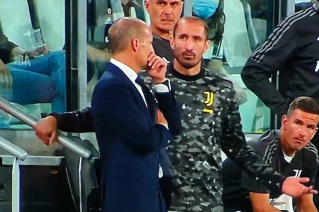 """Schermata 2021 08 28 alle 23.06.19 638x425 - """"Questi sono"""": il labiale di Chiellini rassegnato con Allegri sul flop Juve contro l'Empoli"""