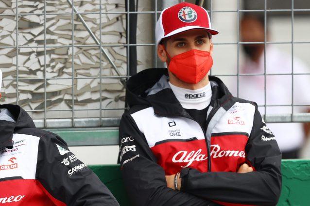 """Antonio Giovinazzi futuro Alfa Romeo F1 2022 GP Monza nessuna notizia contratto 638x425 - Alfa Romeo lascia in bilico Giovinazzi alla vigilia del GP di Monza: """"Non mi dicono niente"""""""