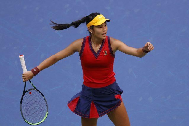GettyImages 1339724527 638x425 - La favola di Emma Raducanu che a 18 anni vince gli US Open, ed è partita dalle qualificazioni
