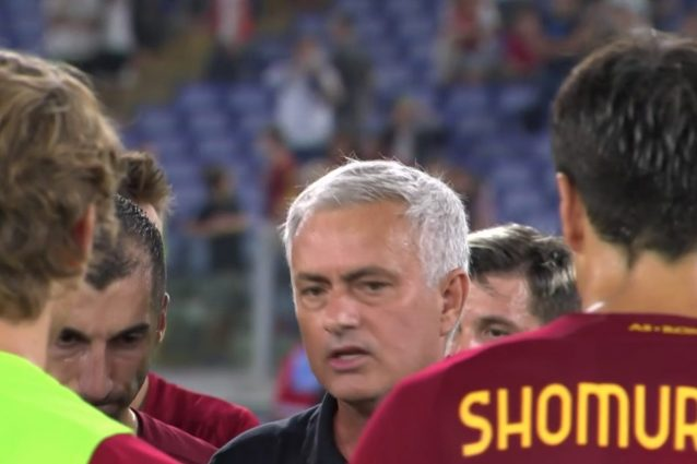 """Schermata 2021 09 27 alle 10.26.28 638x425 - """"Resta fra di noi come nello spogliatoio"""": dal discorso di Mourinho alla Roma scappa una sola frase"""
