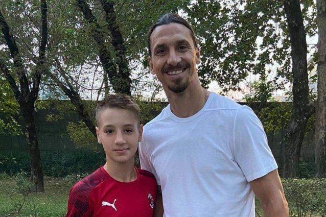 camarda e ibra 1633539693980 638x425 - Chi è Francesco Camarda, il baby bomber del Milan che a 13 anni segna 5 gol a partita