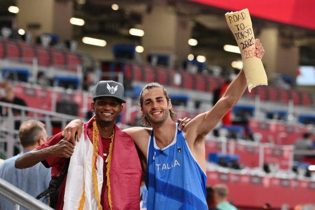 """tamberi tokyo oro salto in alto 01 638x425 - Il pizzicotto sulla guancia di Tamberi: """"Non avevo capito di aver vinto l'Olimpiade"""""""