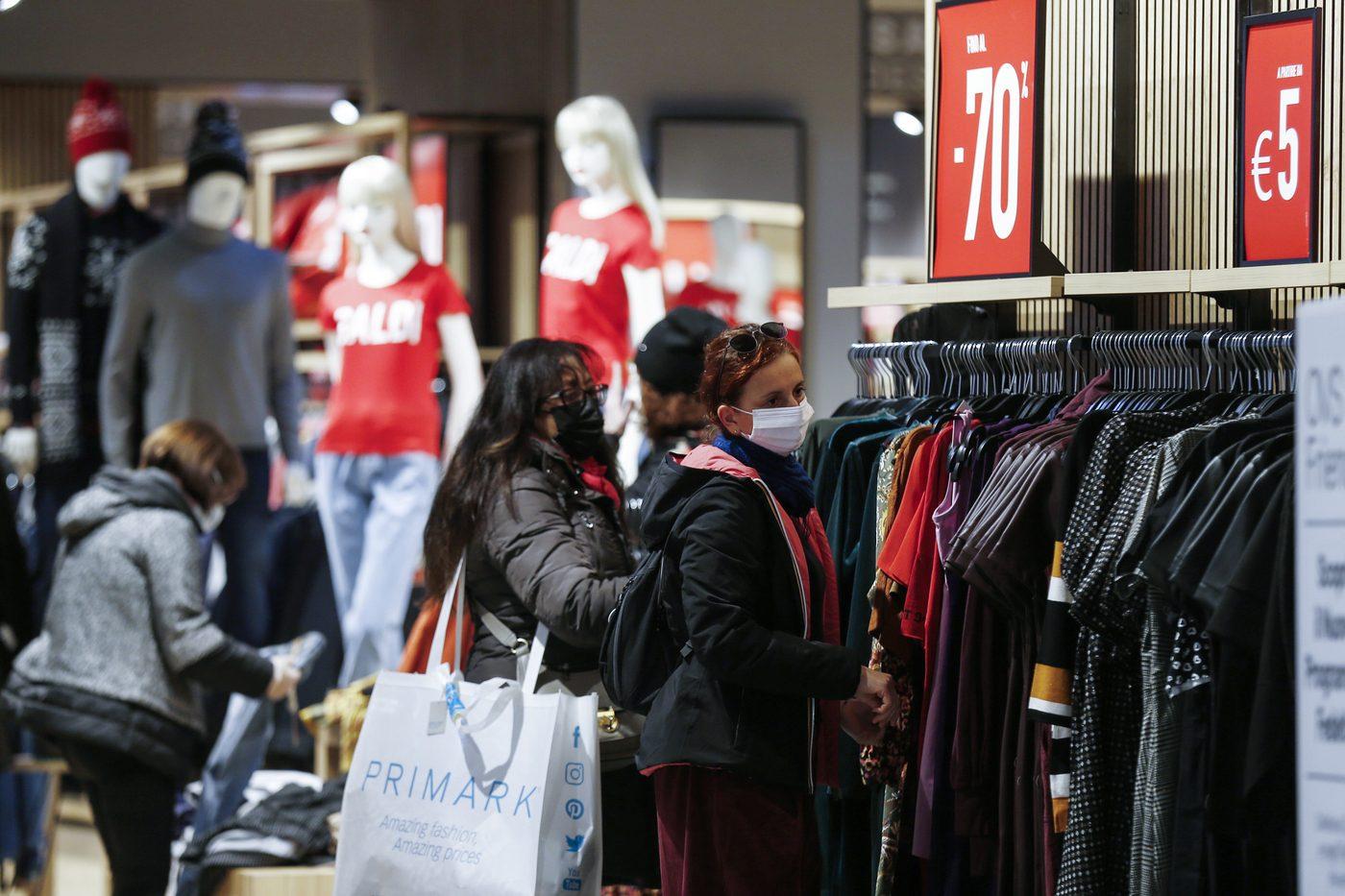 Saldi invernali a Roma 2021: orari d'apertura di negozi e centri ...