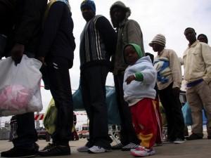 L'aguzzino dei profughi riconosciuto dalle vittime a Milano: 22enne somalo accusato di omicidi e stupri