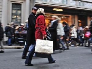 Imprenditrice straniera derubata nel Quadrilatero della moda: mille dollari il bottino