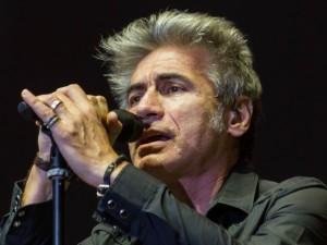 Concerto di Ligabue a Monza: corse notturne speciali di Trenord, biglietti a 7 euro