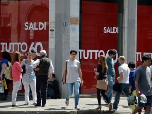 Milano, i saldi estivi 2016 cominciano il 2 luglio
