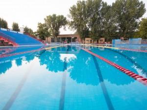 Mantova colto da malore dopo un tuffo in piscina morto - Piscina mantova ...