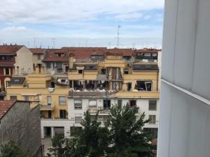Esplosione in via Brioschi a Milano, distrutta palazzina: tre morti, due bambine gravi