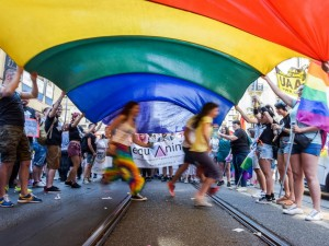Gay Pride Milano, la Lombardia nega il patrocinio per l'evento del 24 giugno