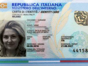 Carta d'identità elettronica, al via le prenotazioni a Milano