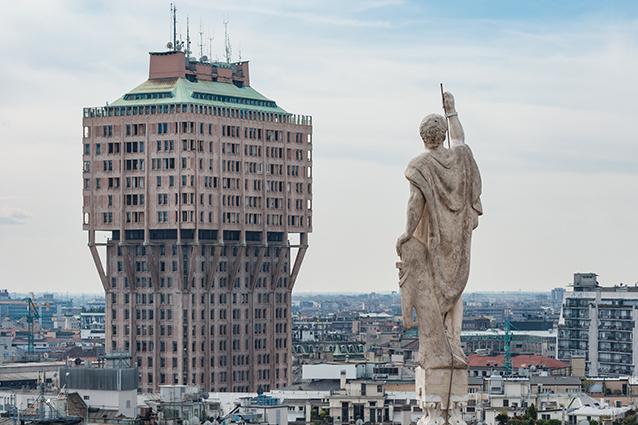 Grattacieli di milano torri e palazzi di una citt in for I nuovi grattacieli di milano