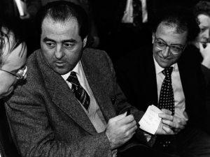 """Tangentopoli, 25 anni fa da Milano la spallata alla """"Prima Repubblica"""""""