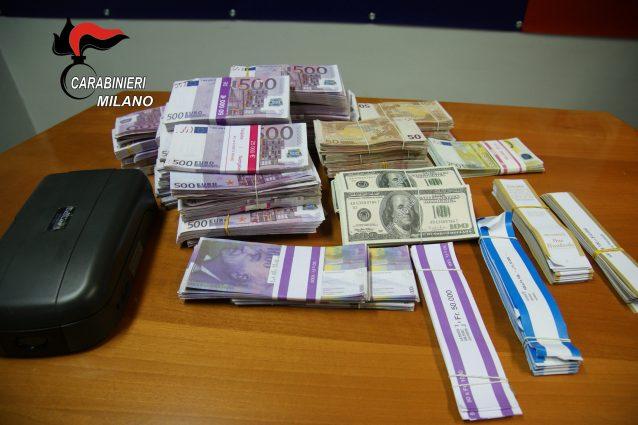 Monza, blitz in campo nomadi: sequestrato denaro falso per 1,4 milioni