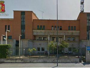 Poliziotti si fingono giornalisti e arrestano una latitante a Milano