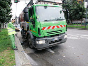 Lavoro, Amsa assume conducenti e operatori ecologici a Milano
