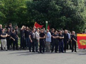 Un momento dello sciopero del 26 maggio alla Reggiani Macchine di Grassobbio