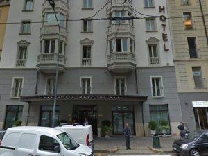 Milano, fuga di gas all'hotel Marconi: evacuate 140 persone. Bimba di 10 anni intossicata