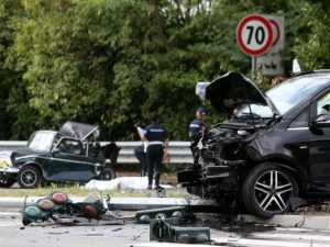 Incidente a Milano tra Mini e van: morto Luca Andrea Latella, investitore era ubriaco