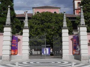 L'ingresso di Villa Ghirlanda a Cinisello Balsamo – Wikipedia