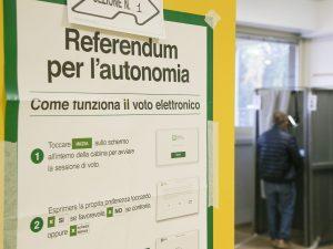 Referendum autonomia in Lombardia: affluenza al 38 per cento, i primi commenti